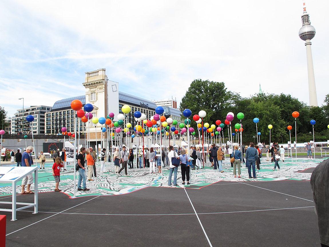 """""""Stadt der Vielfalt"""" - Open-Air-Ausstellung"""