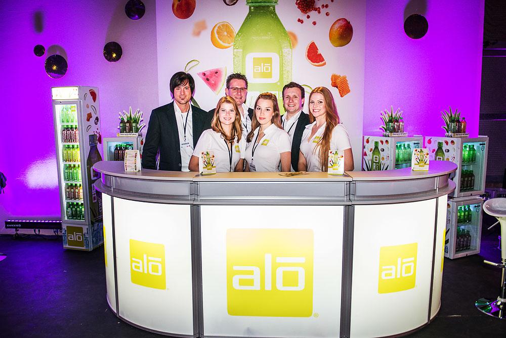 das gesamte Promotionteam im Filmstudio Berlin Adlershof während des VIP Viewings